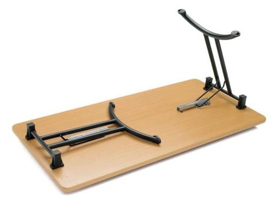 table pieds pliants aux docks du bureau buro espace. Black Bedroom Furniture Sets. Home Design Ideas