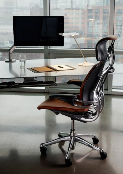 freedom aux docks du bureau buro espace. Black Bedroom Furniture Sets. Home Design Ideas